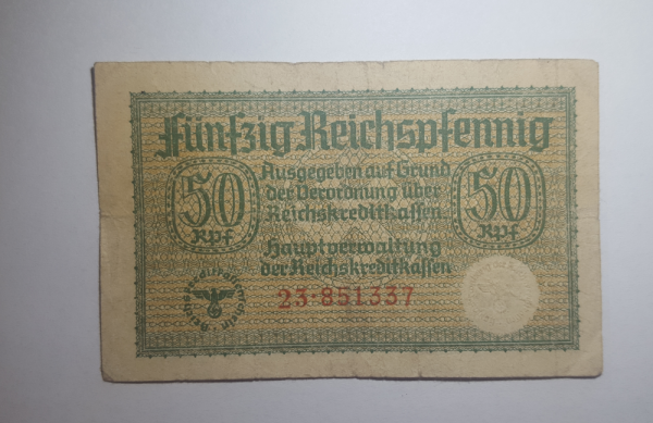 50 Trečio Reicho Feningių