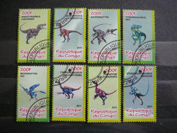 s902 Dinozaurai antsp.